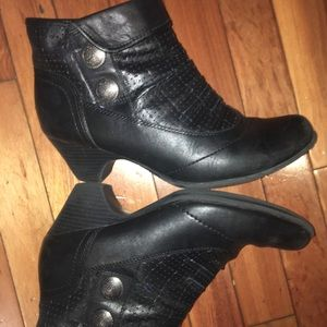 Rockport Cobb Hill Leather Daniela ankle boots